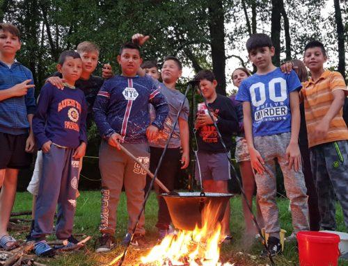 Élménytáborokban jártak a tiszaburai gyerekek